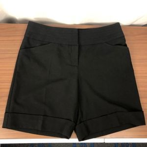 WHBM Black Dress Shorts NWT Sz 4